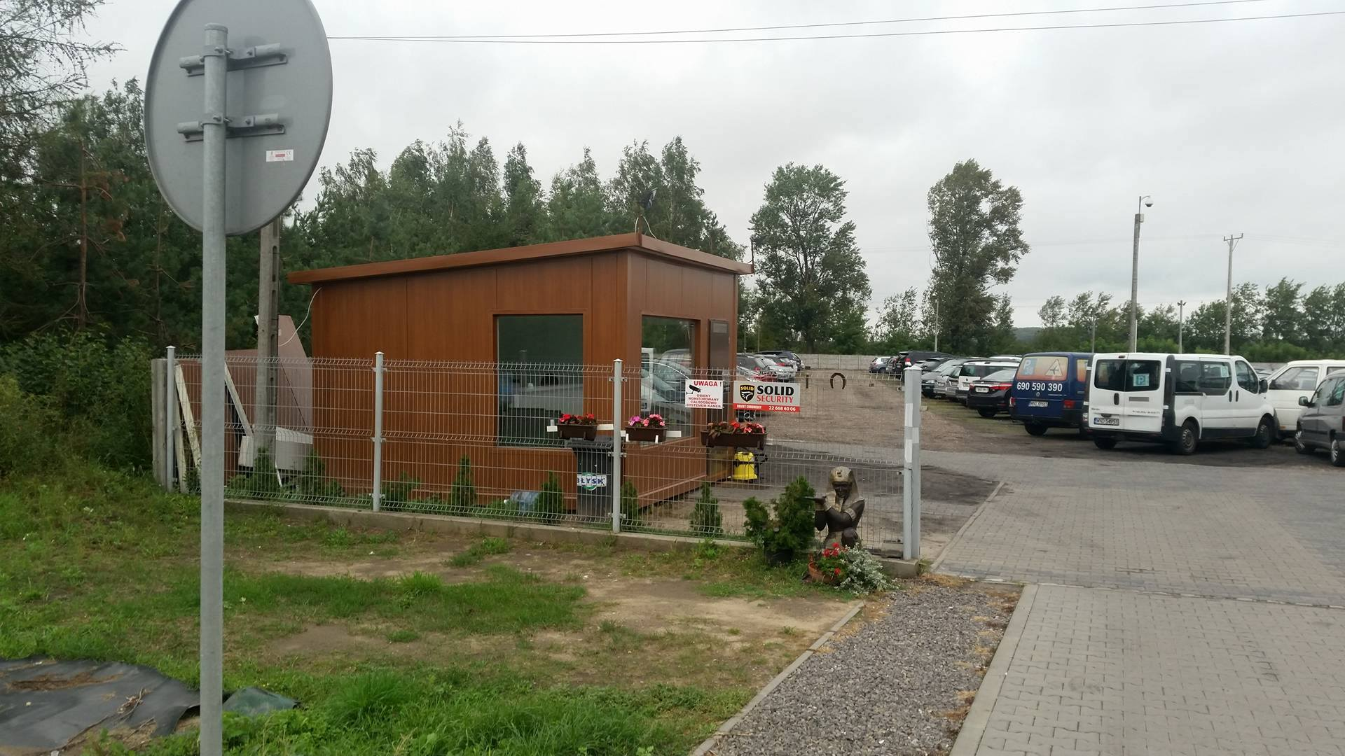 Widok na parking P38 wjazd