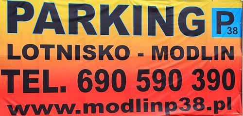 Baner z danymi parkingu lotnisko modlin P38